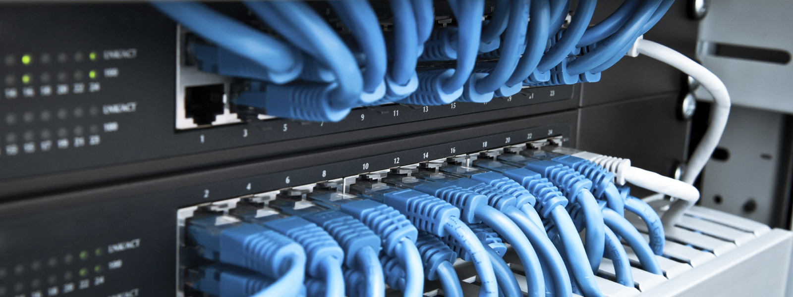 Registro de dominios, Hosting alojamiento web, servicio de correo